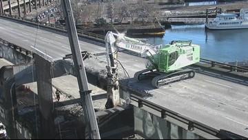 Watch double-decker demolition of Seattle's viaduct