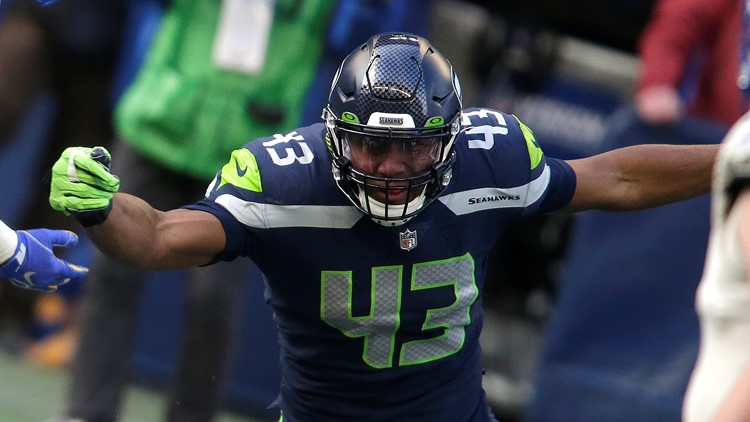 Seahawks bring back Dunlap, add Hyder to boost pass rush