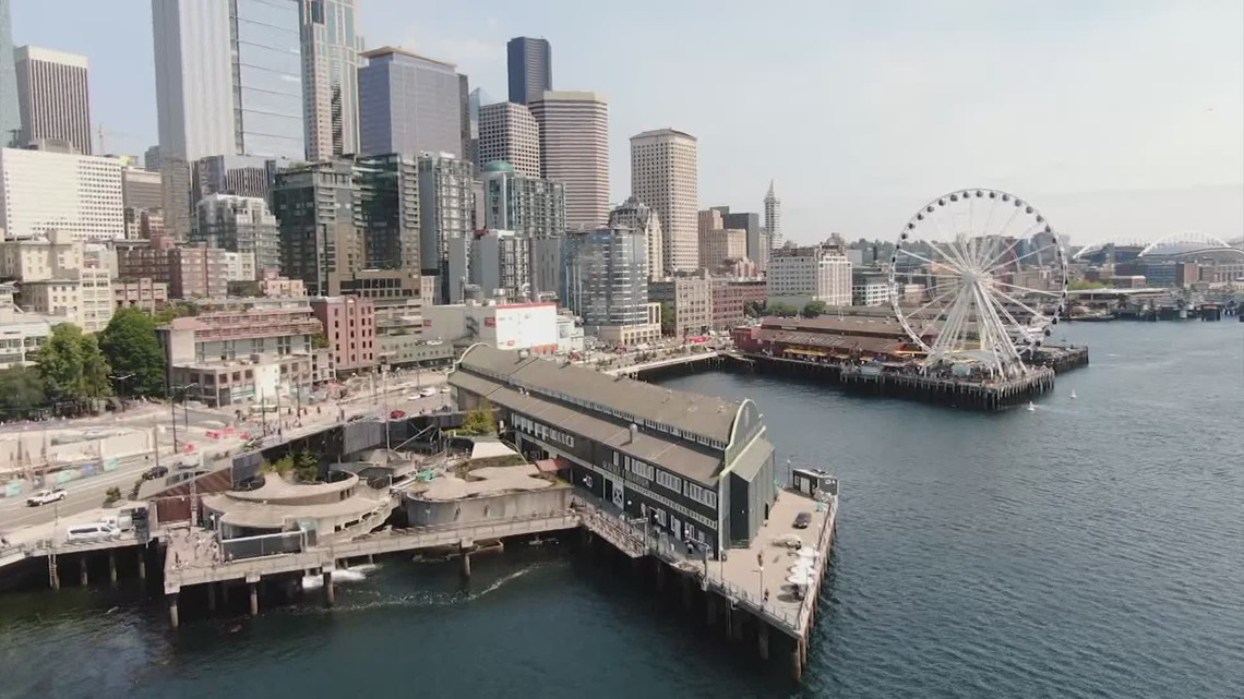 Tourists return to Seattle's waterfront as COVID restrictions drop