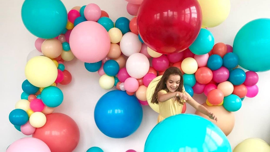 Make your own balloon garlands as the perfect party decoration