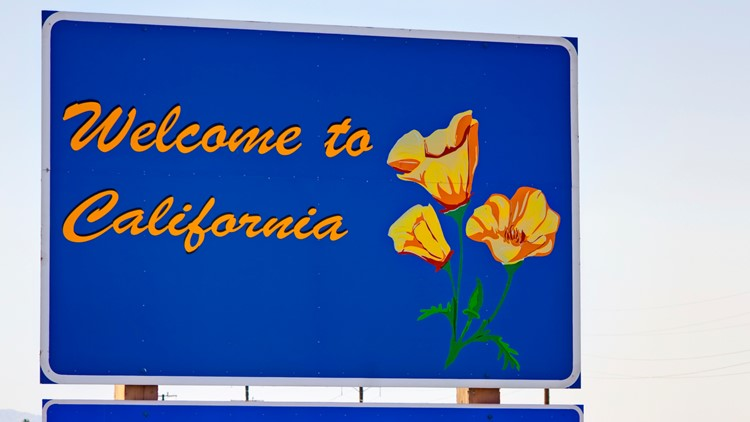 Nearly 700,000 people left California in 2018, 55,000 moved to Washington
