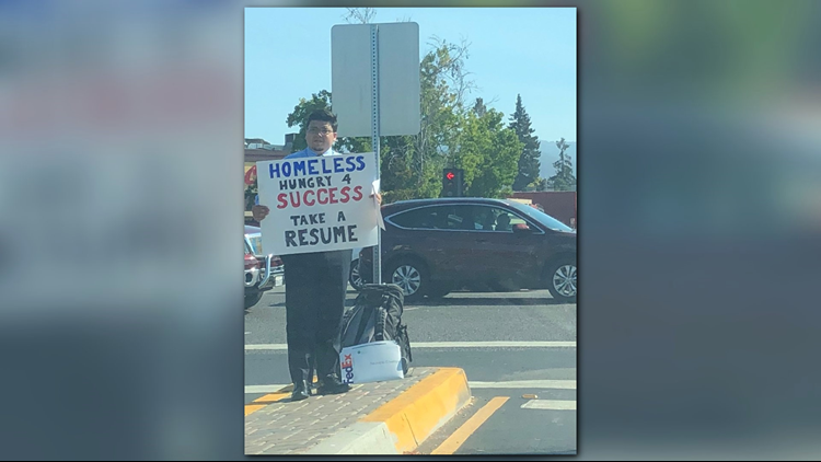 Homeless man hands out resumes, goes viral