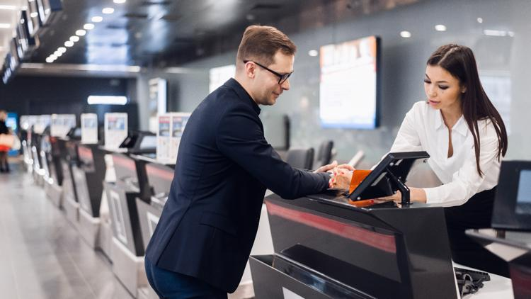 Yes, you can save money by buying an airline ticket at the airport, but it depends on the airline