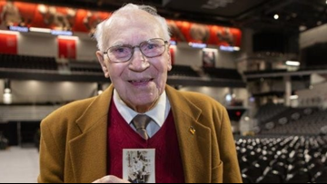 94-year-old Ohio WWII veteran gets his college degree 73 years later
