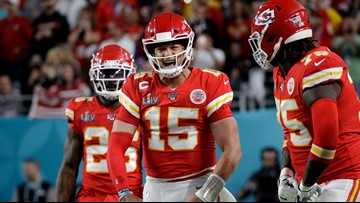 Watch: Chiefs QB Patrick Mahomes scores 1st TD of Super Bowl LIV