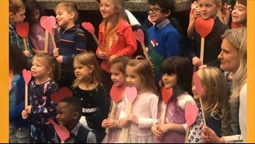 Michigan boy invites entire kindergarten class to adoption hearing